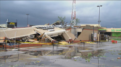 Video: Tornado flattens a Starbucks in Indiana