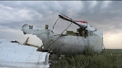 Flight MH17 was shot down by Russian missile, prosecutors say