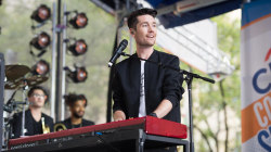 Bastille perform 'Good Grief' live on TODAY