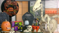 KLG, Hoda give away Halloween décor prize worth $400!