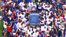 Jose Fernandez's Marlins teammates say goodbye during funeral procession