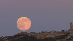 Bad moon rising? Here's why hospitals see a full moon as an ominous sign