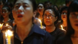Bangkok Falls Strangely Somber as Thais Mourn Their King