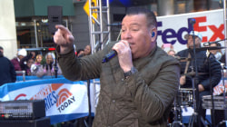 Smash Mouth perform 'All Star' on TODAY for an awesome '90s Halloween