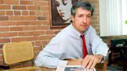 Tom Hayden, anti-Vietnam War activist, dies at 76