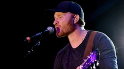Watch Eric Paslay play 'Would you rather?'