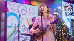 'America's Got Talent' winner Grace VanderWaal sings 'Light the Sky' live on TODAY