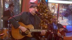 James Taylor performs 'Have Yourself a Merry Little Christmas' on Sunday TODAY