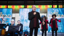 See Neil Diamond perform 'Christmas Prayers' live on TODAY