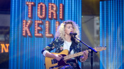 Tori Kelly performs 'Don't You Worry 'bout a Thing' from 'Sing' live on TODAY