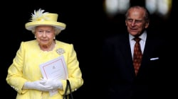 Queen Elizabeth, Prince Philip leave palace after delay due to 'heavy colds'