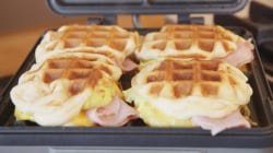 These cheesy waffle breakfast sandwiches need just 4 ingredients