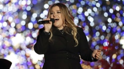 Kelly Clarkson opens up about Christmas with her family
