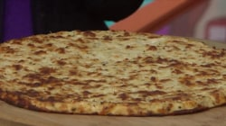 How do you make a pizza crust with cauliflower but no flour? Joy Bauer explains!