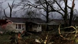 Tornado touchdown reported in Mississippi leaving behind extensive damage