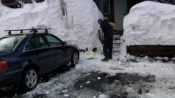 California Residents Told to Leave After Avalanche Warning