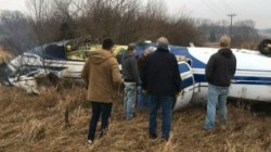 Mayor Helps Rescue Pilot After Plane Crashes in Michigan