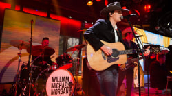 Rising country star William Michael Morgan performs 'I Met a Girl' live on TODAY