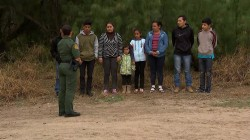 Hundreds Attempt to Cross Border Before Trump Takes Office