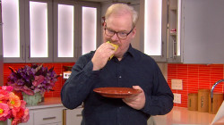 Watch hilarious Jim Gaffigan stuff his face on his TODAY visit