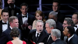 'La La Land' mistakenly announced as Oscars Best Picture, 'Moonlight' wins