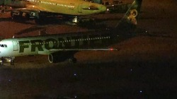 Two planes collide at Phoenix Sky Harbor airport
