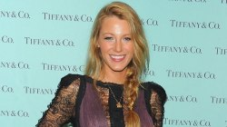 Here's how to get Blake Lively's signature red carpet 'do
