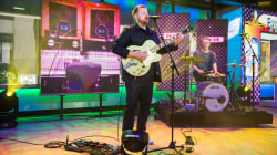 Watch Tom Walker perform 'Just You and I' live on TODAY