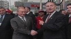 2003: Sen. Schumer Greets Vladimir Putin
