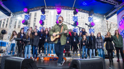 See Ed Sheeran perform 'Thinking Out Loud' live on the plaza
