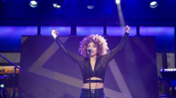 See Starley perform 'Call on Me' live on TODAY