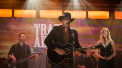Watch Trace Adkins perform 'Watered Down' live on TODAY