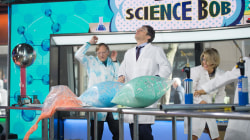See 'Science Bob' do some exciting (and exploding!) experiments on TODAY