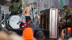 Watch Sheryl Crow perform her new song 'Halfway There' live on TODAY