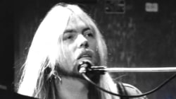 Greg Allman, Founder of The Allman Brothers Band, Dies at 69