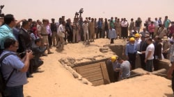 Egyptian University Students, Professors Unravel Underground Necropolis