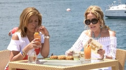In Bermuda, Kathie Lee and Hoda try yummy rum swizzle and rum cake