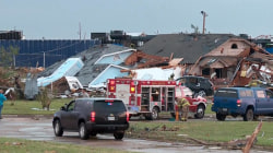 Deadly tornadoes rip across central US; at least 2 killed