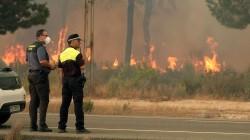 Huge Blaze Threatens World Heritage Site