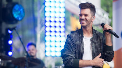 See Andy Grammer sing 'Fresh Eyes' live on TODAY