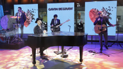Watch Gavin DeGraw perform his new single 'Something Worth Saving' live on TODAY