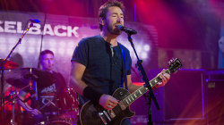 Watch Nickelback perform their No. 1 hit 'How You Remind Me'