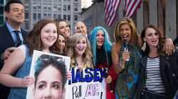 Watch Hoda Kotb bring excited Halsey fans onstage to meet their idol