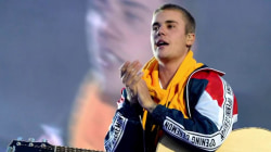 Justin Bieber wears merchandise promoting his canceled tour