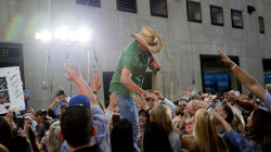 Jason Aldean sings 'They Don't Know' live on the TODAY plaza