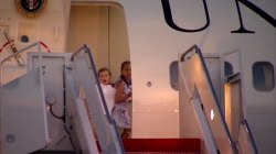 Cute Video of the President's Grandchildren at the Doorway of Air Force One