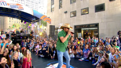 Watch Jason Aldean perform 'Dirt Road Anthem' live on TODAY