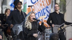 Watch Kelly Clarkson perform 'Stronger' live on TODAY