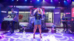 Watch Rachel Crow perform her new single 'Dime' live on TODAY