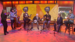 See Steve Martin play bluegrass banjo with Steep Canyon Rangers live on TODAY